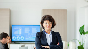 https://www.sbusinesslondon.ac.uk/uploads/images/image_sm/successful-leadership-school-of-business-london.jpg